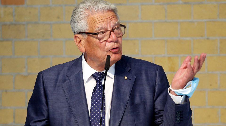 Joachim Gauck fordert Toleranz gegenüber Querdenkern und Impfgegnern