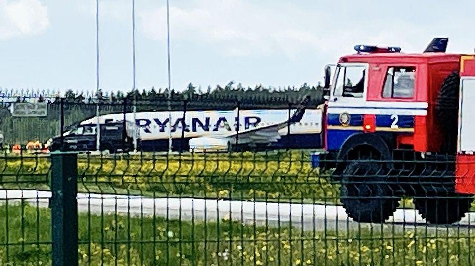 Zur Landung gezwungen: Die Ryanair-Maschine auf dem Flughafen von Minsk