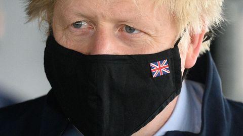 Boris Johnson nahm bislang nicht selbst Stellung zu den verschärften Corona-Regeln für acht Bezirke in England