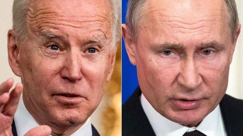 Ein aus zwei Bildern montiertes Foto zeigt links das Gesicht von US-Präsident Biden, rechts das von Russlands Präsident Putin