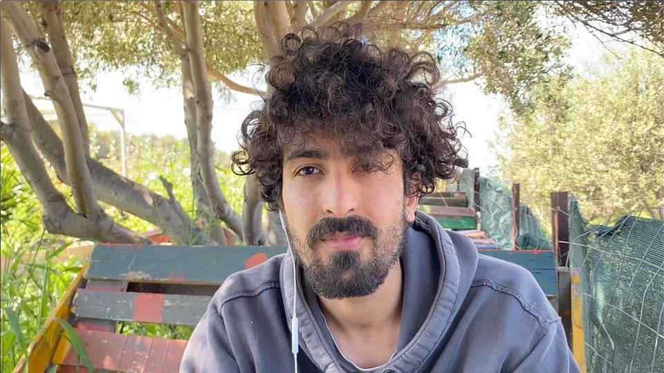 Milad Ebrahimi, 22, beim stern-Interview auf Lesbos Ende April