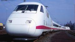Der Vorläufer aus dem Jahre 1986: der Hochgeschwindigkeitszug InterCity-Experimental (ICE) der Baureihe 410.
