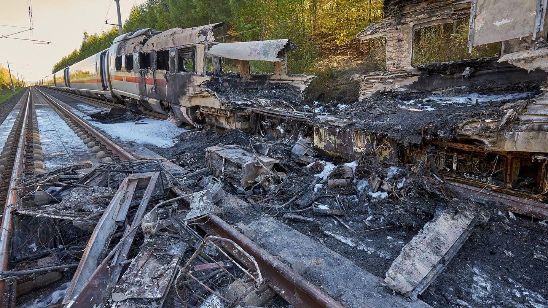 Ein weiteres Unglück: Ein Feuer war in einem ICE im Oktober 2018 auf derSchnellbahnstrecke zwischen Köln und Frankfurt ausgebrochen. Die 500 Insassen konnten den Zug unverletzt verlassen.