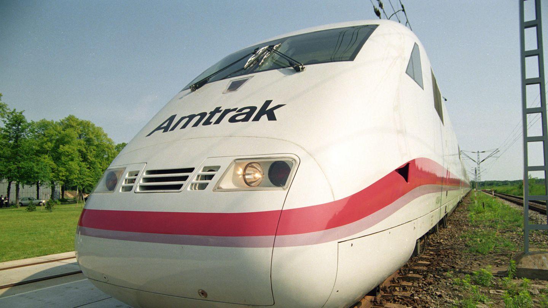 1993 wurde ein ICE- Sechswagenzug für Test- und Demonstrationsfahrten in die USA verschifft. Doch den Auftrag für 26 Hochgeschwindigkeitszüge der Amtrak bekam nicht Siemens. Auch der Versuch, die ICE-Zug- und -Streckentechnologie nach Korea zu verkaufen, scheiterte.