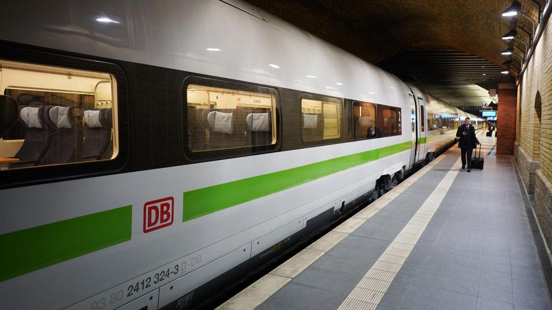 In den nächsten Jahren soll die gesamte Flotte im Fernverkehr um 20 Prozent wachsen.Bis 2026 werden 421 ICE-Züge mit rund 220.000 Sitzplätzen im deutschen Netz unterwegs sein.