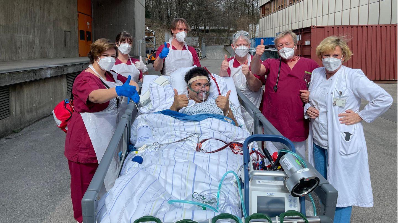 Corona-Patient nach 71 Tagen Beatmung entlassen