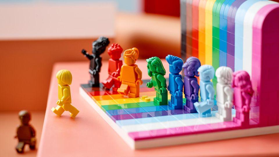 """Lego Neuheiten 2021: Das LGBTQ+ Set """"Jeder ist besonders"""""""