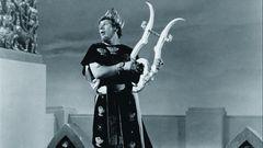 Peter Ustinov setzte das negative Bild des Kaisers genial in Szene.