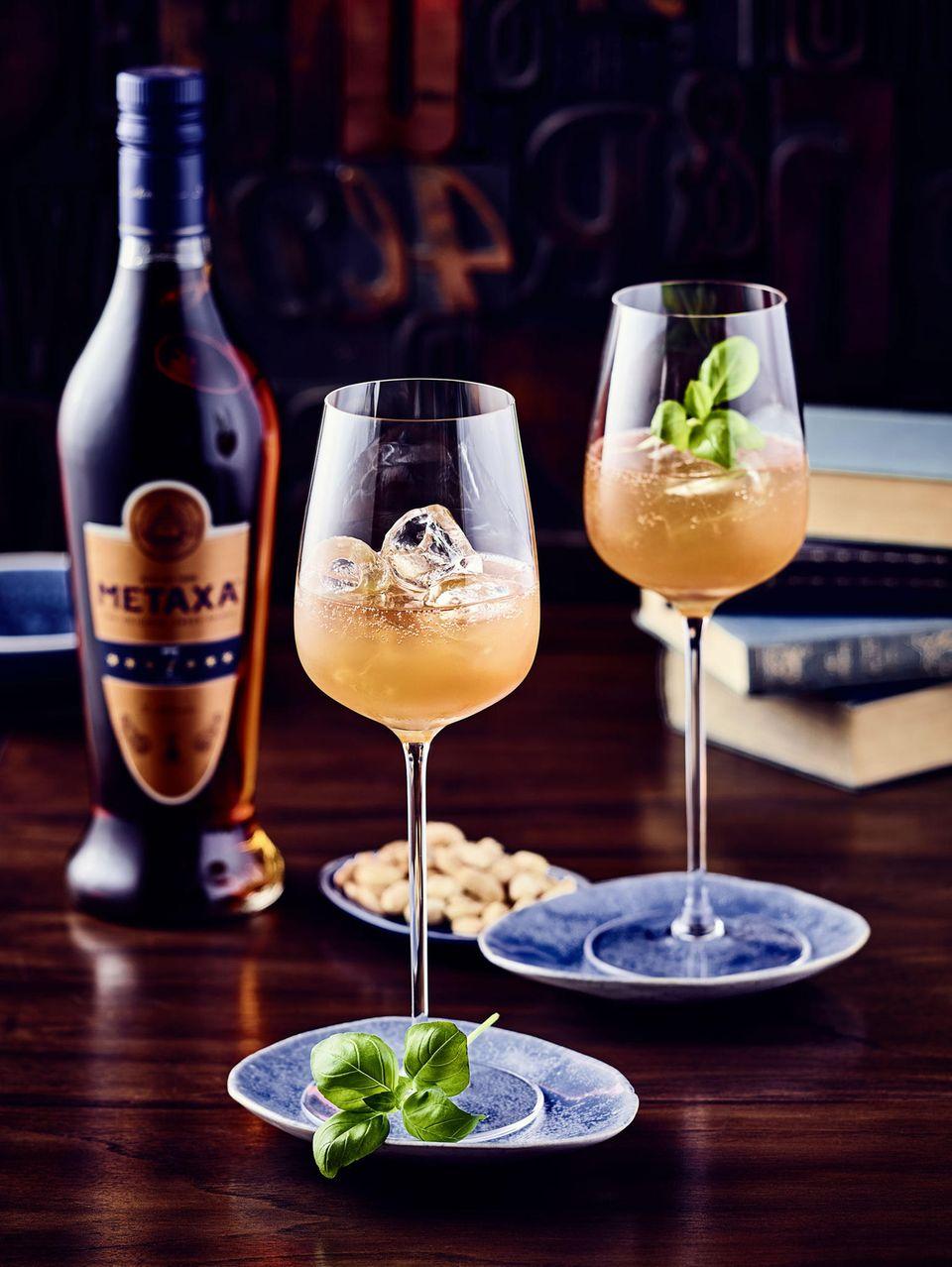 Mit Metaxa kann man auch einen Spritz-Cocktail zubereiten