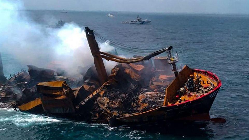 Sri Lanka: Containerschiff sinkt nach Feuer – mit Chemikalien an Bord