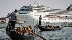 Auch in dieser Saison noch Alltag: David gegen Goliath auf dem Wasser der Lagunenstadt.