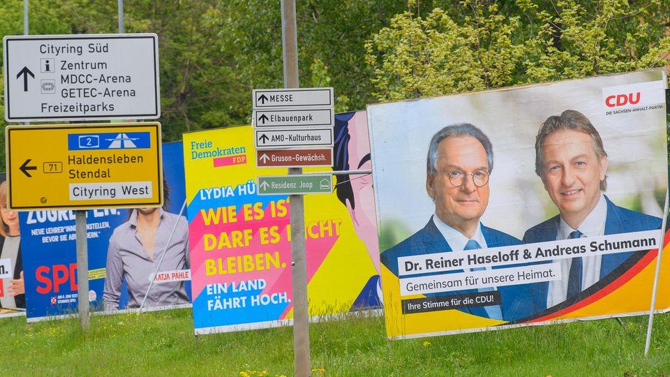 Wahlplakate in Magdeburg