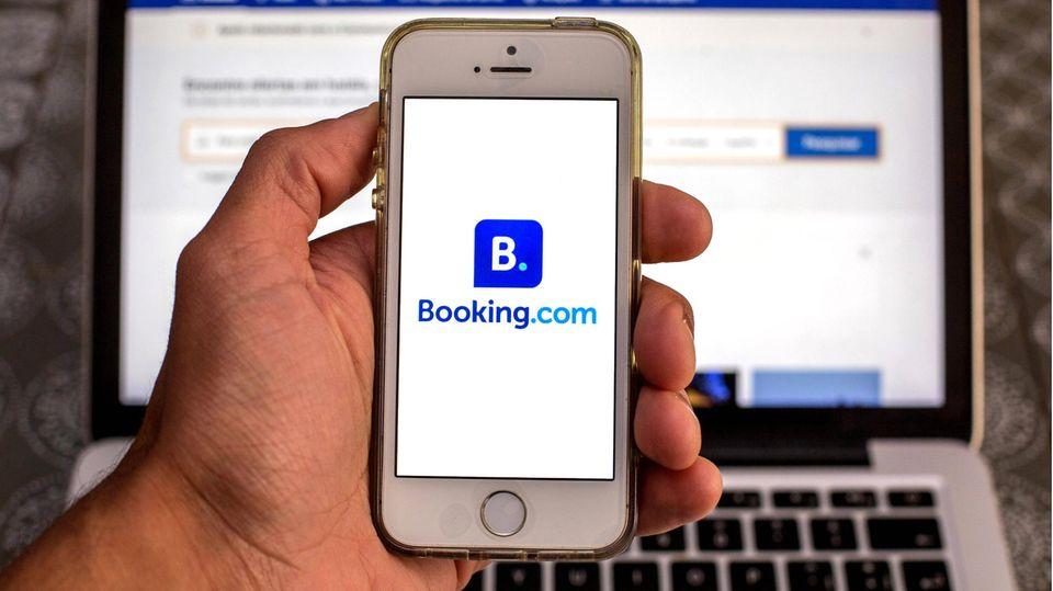 Auch per Smartphone buchbar: das Angebot von booking.com