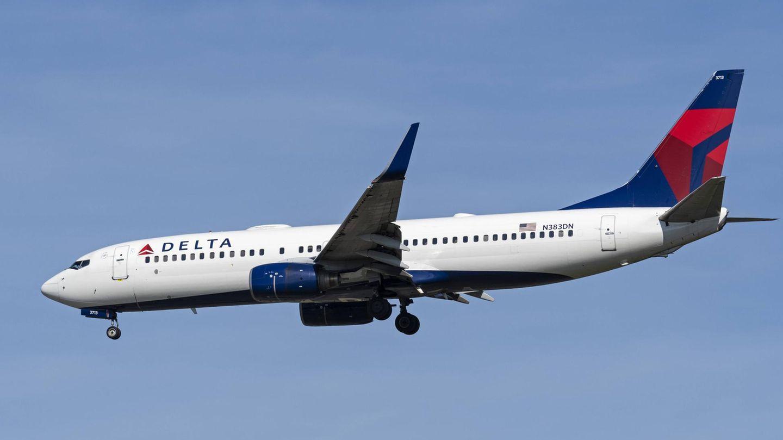 Eine Boeing 737 der US-Fluggesellschaft Delta Air Lines im Landeanflug