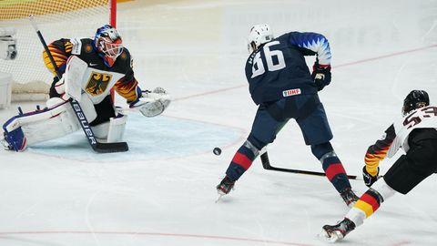 Eishockey: US-Amerikaner Wolanin erzielt das 1:0 gegen Deutschland im Spiel um WM-Bronze