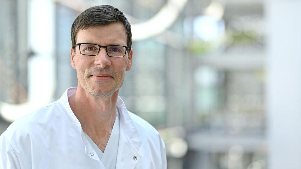 Kinderkardiologe Daniel Vilser ist Leitender Oberarzt an der Uniklinik Jena. Seit März leitet er die dortige Long-Covid-Ambulanz für Kinder.