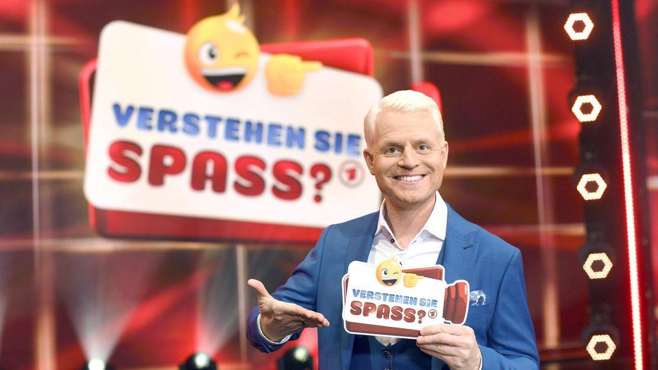 """Guido Cantz als Moderator von """"Verstehen Sie Spaß?"""""""