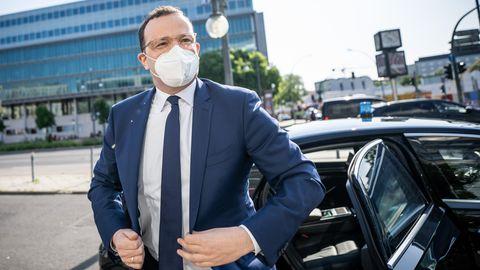 Jens Spahn in auf dem Weg zum Treffen der CDU-Spitzengremien