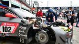 Startnummer 102: ein BMW M6 GT3 von Walkenhorst Motorsport bei der letzten Prüfung vor dem Start.