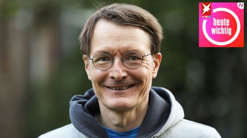 Karl Lauterbach lächelt