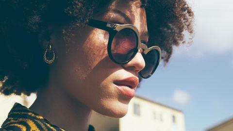 Sonnenbrillen Trends 2021: ob Cat-Eye, mit Ecken und Kanten oder bunt