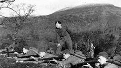 Churchill und seine Männer in Jugoslawien.