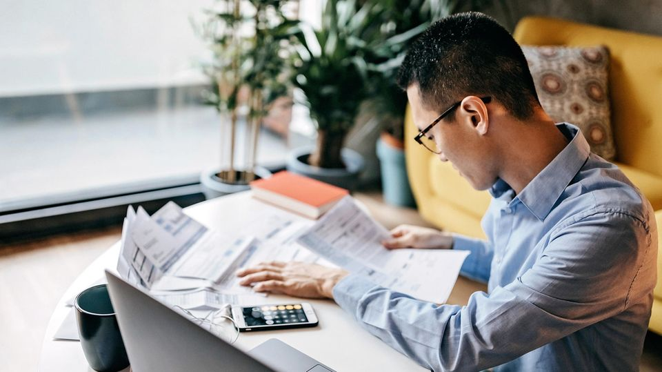 Bankkunden können sich ihre Kontogebühren jetzt wieder zurückholen - sofern sie ihr Einverständnis nicht gegeben haben