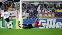 Marco Bode erzielt das 1:0 gegen Kamerun bei der WM 2002