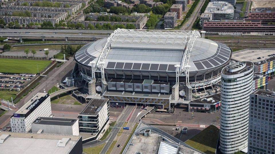 Stadion der Fußball-EM 2021: Johann-Cruyff-Arena in Amsterdam