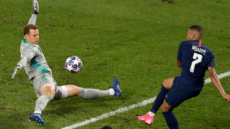 Manuel Neuer Kylian Mbappe 2020 CL Final