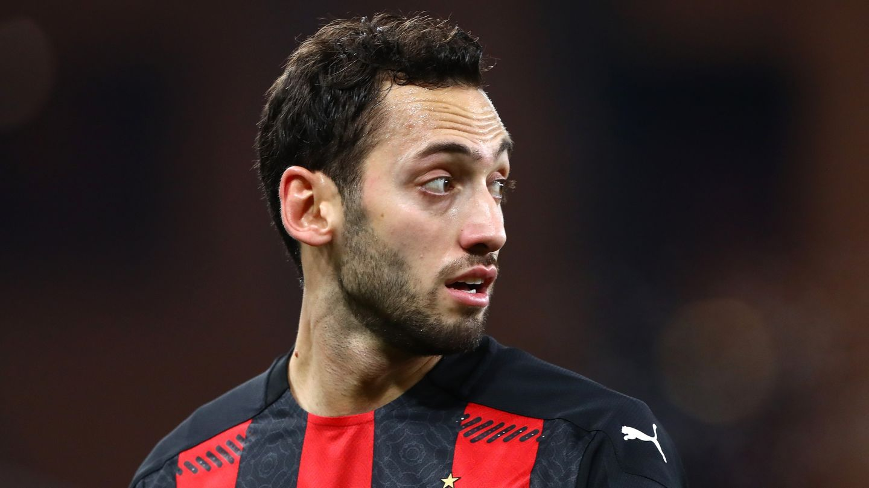 Hakan Calhanoglu Milan Serie A