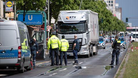 Unfall eines Lasters in Berlin