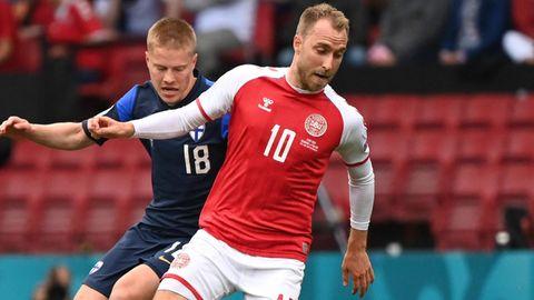 Christian Eriksen (r.) im Spiel gegen Finnland
