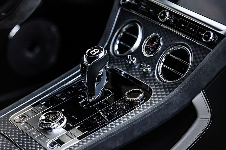 Das Cockpit gleicht dem der anderen Continental-Modelle