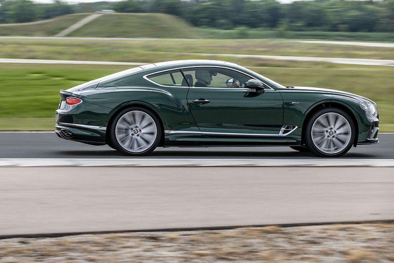 Länge läuft: der Bentley Continental GT Speed ist bis zu 335 km/h schnell