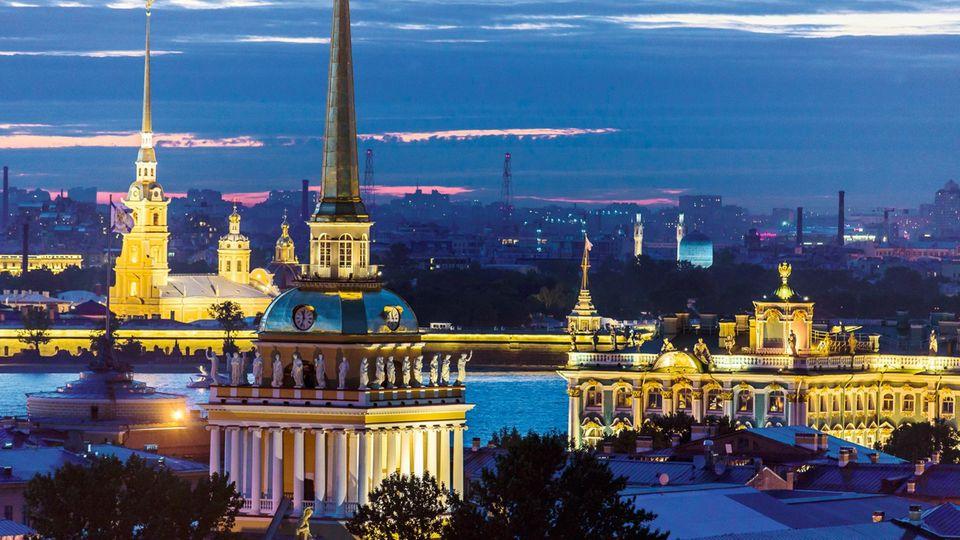 Blick von der Isaakskathedrale auf die Stadt, St. Petersburg