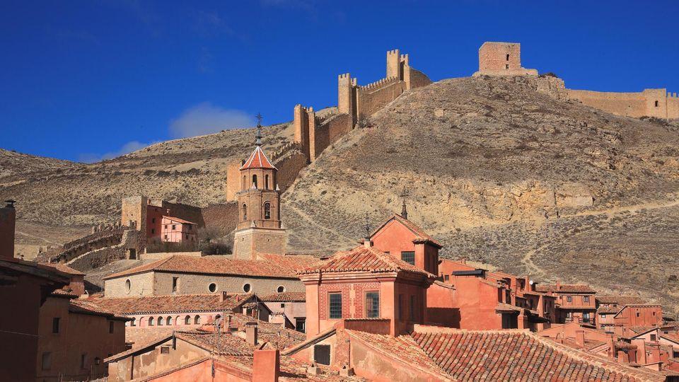 Albarracín mit Stadtmauer