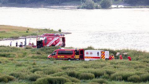 Badeunfälle im Rhein: 17-Jährige stirbt, zwei Mädchen vermisst