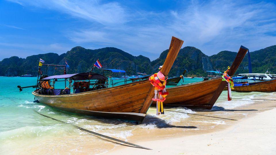 Im Winter ist Thailand ein beliebtes Reiseziel:Phi Phi Don Island in der Andamanensee.