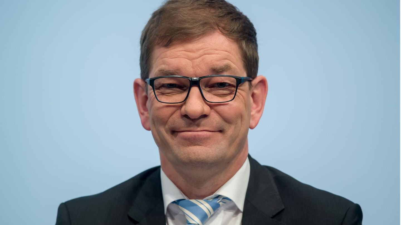 Audi-Chef Markus Duesmann lächelt