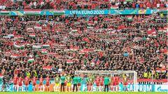 Mehr als 55.000 Zuschauer jubeln der ungarischen Fußball-Nationalmannschaft zu. Das, was Orban an diesem Tag auf dem fein gestutzten Rasen sieht, dürfte ihm gefallen. Auch wenn Ungarn EM-Titelverteidiger Portugal unterliegt.