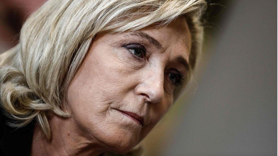 Frankreich: Dämpfer für Rechtsextreme um Le Pen – auch Macron-Partei enttäuscht (Video)