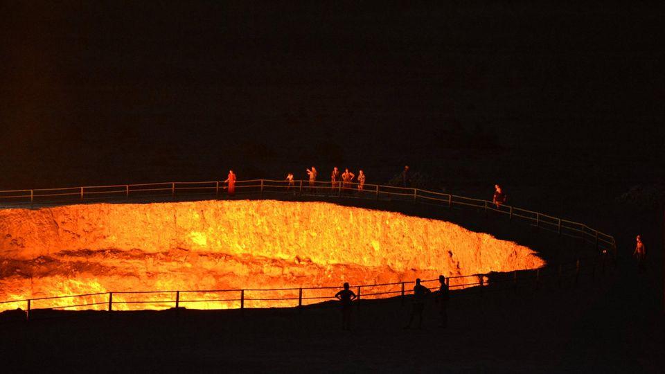 Brennender Krater von Derweze in Turkmenistan