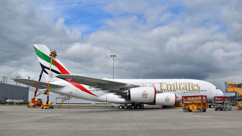 Emirates Airbus A380 in Hamburg Finkenwerder