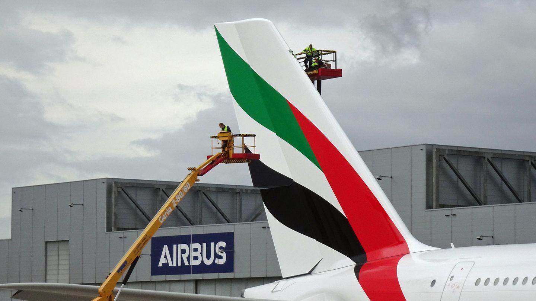 Emirates Airbus A380 Heck