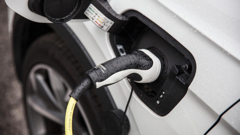 Forscher streiten um Klimabilanz von E-Autos