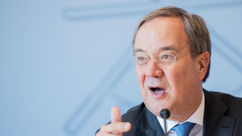Armin Laschet spricht in der Landespressekonferenz im Landtag