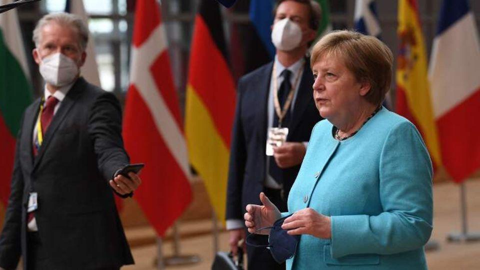 Kanzlerin Merkel beim EU-Gipfel in Brüssel