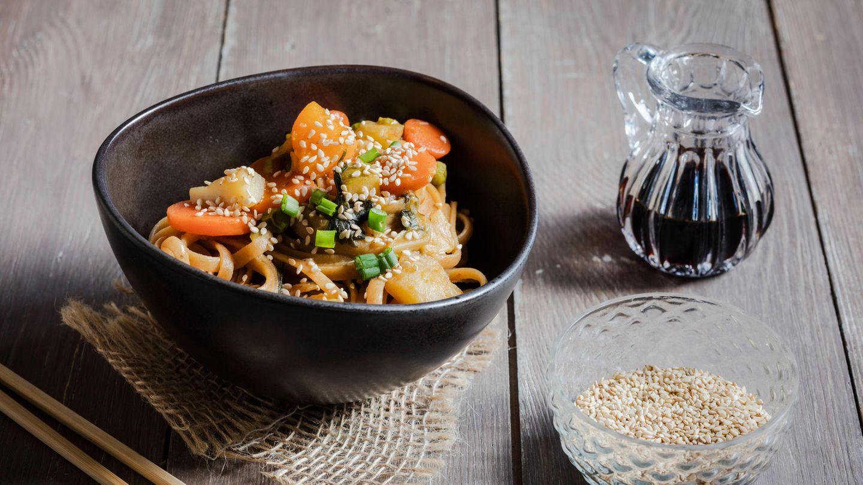 Rezept für eine cremige Asian Style One Pot Pasta – gesund und vegan