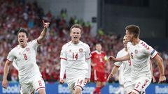 Dänemark  Aussichten: Gegen Wales ist ein Sieg möglich  Die zweite Halbzeit im letzten Gruppenspiel gegen Russland war die Befreiung für die dänische Elf. Drei Tore gelangen ihr in einem aufwühlenden Spiel mit stimmungsvoller Unterstützung durch die Fans, am Ende stand es 4:1 und Dänemark im Achtelfinale. Aus demSchock um Christian Eriksen, der sich mittlerweile in Odense bei seiner Familie erholt,ist ein besonderer Zusammenhalt entstanden, der Team und Anhänger beflügelt. Das kann Dänemark weit tragen.